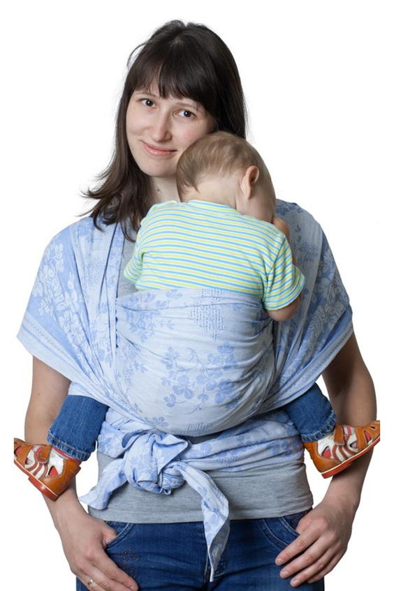 Слинг-шарфСлинги, кенгуру и эрго-рюкзаки<br>Недорогой и очень красивый слинг с замечательным соотношением «цена-качество», который можно смело рекомендовать для ношения новорожденных и в качестве первого слинга.  Преимущества: - специальное диагональное плетение - натуральные материалы - хорошая quot;дышимостьquot; и температурный комфорт  Единоразмерный длина - 480 см, ширина - 65 см  Цвет: голубой<br><br>Размер : UNI<br>Материал: Хлопок<br>Количество в наличии: 1