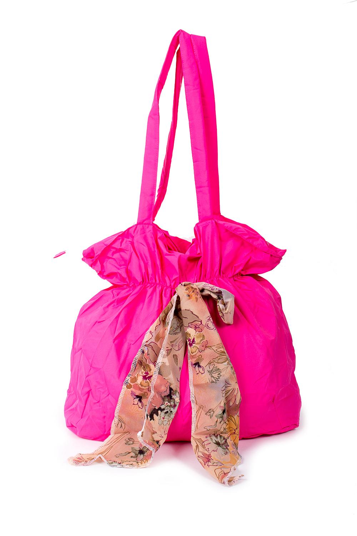 СумкаСумки-шоппинг<br>Удобная и вместительная женская сумка.  Размеры: 34*35*13 см.  Цвет: розовый<br><br>По материалу: Тканевые<br>По размеру: Средние<br>По рисунку: Однотонные<br>По силуэту стенок: Прямоугольные<br>По способу ношения: В руках,На плечо<br>По степени жесткости: Мягкие<br>Ручки: Длинные<br>По сезону: Всесезон<br>Размер : UNI<br>Материал: Полиэстер<br>Количество в наличии: 1