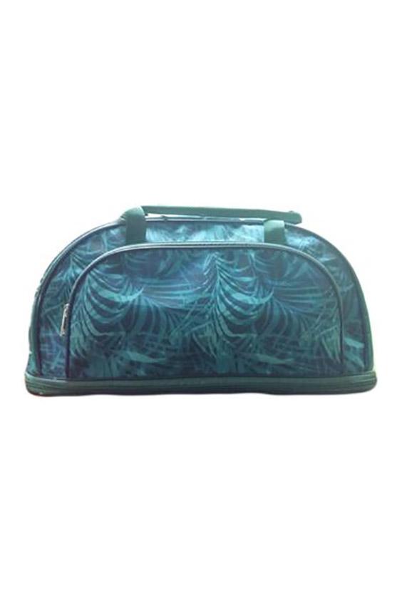 Дорожная сумкаДорожные<br>Удобная и вместительная дорожная сумка.  Размер: 44*18*21 см.  В изделии использованы цвета: бирюзовый, синий<br><br>По материалу: Тканевые<br>По размеру: Средние<br>По рисунку: Растительные мотивы,С принтом,Цветные<br>По способу ношения: В руках<br>По степени жесткости: Мягкие<br>По типу застежки: С застежкой молнией<br>По форме: Трапециевидные<br>Ручки: Короткие<br>По сезону: Всесезон<br>Размер : UNI<br>Материал: Полиэстер<br>Количество в наличии: 1