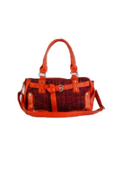 Сумка классическаяКлассические<br>Женская классическая сумка  Размеры: длина 33 см высота 23 см ширина 12 см  Цвет: оранжевый, красный<br><br>По материалу: Искусственная кожа<br>По размеру: Средние<br>По рисунку: Цветные<br>По степени жесткости: Мягкие<br>Ручки: Длинные,Короткие<br>По форме: Прямоугольные<br>Размер : UNI<br>Материал: Искусственная кожа<br>Количество в наличии: 2
