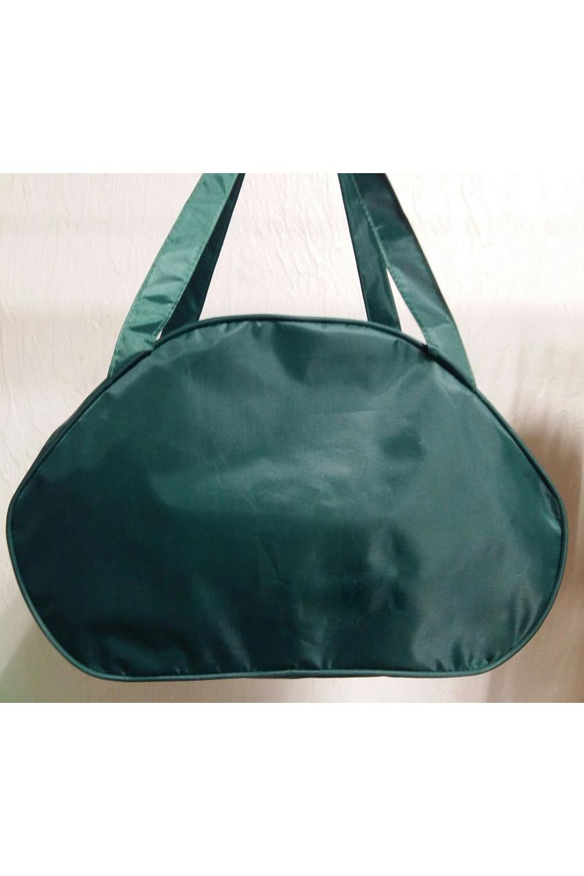 Дорожная сумкаДорожные<br>Удобная и вместительная дорожная сумка.  Размер: 50*28*23 см.  Цвет: зеленый<br><br>По материалу: Тканевые<br>По размеру: Средние<br>По рисунку: Однотонные<br>По степени жесткости: Мягкие<br>Ручки: Короткие<br>По сезону: Всесезон<br>По форме: Трапециевидные<br>Размер : UNI<br>Материал: Полиэстер<br>Количество в наличии: 2