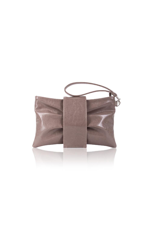 КлатчКлатчи<br>Женские сумки бренда DINESSI - это стильные аксессуары, которые по достоинству оценят представительницы прекрасного пола.  Клатч в форме банта. На передней части сумки складки и откидной клапан с магнитом. Застегивается на молнию. Внутри карман с молнией, накладной карман и под телефон.   Цвет: бежевый.  Размеры: Длина - 26 ± 1 см Высота - 16 ± 1 см Глубина - 1,5 ± 1 см<br><br>По материалу: Искусственная кожа<br>По размеру: Маленькие<br>По рисунку: Однотонные<br>По способу ношения: В руках,На запастье<br>По степени жесткости: Мягкие<br>По типу застежки: На магните,С застежкой молнией<br>По элементам: Карман на молнии,Карман под телефон<br>Ручки: Короткие<br>По стилю: Повседневный стиль,Нарядный стиль<br>По форме: Прямоугольные<br>Размер : UNI<br>Материал: Искусственная кожа<br>Количество в наличии: 1