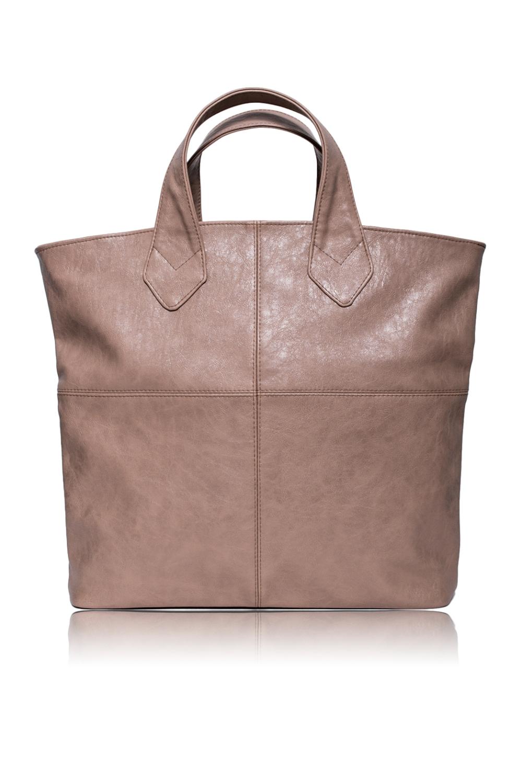 СумкаСумки-шоппинг<br>Женские сумки бренда DINESSI - это продукция высшего класса, доступная каждой представительнице прекрасного пола. С нашими сумками Вы сможете всегда оставаться на пике модных тенденций  Сумка шопер с застежкой молнией. Внутри два отдела, карман под телефон, планшет и карман на молнии.  Цвет: бежевый.  Размеры: 37*37*10,5 ± 1 см<br><br>Отделения: 2 отделения<br>По материалу: Искусственная кожа<br>По размеру: Крупные<br>По рисунку: Однотонные<br>По способу ношения: В руках,На плечо<br>По степени жесткости: Мягкие<br>По типу застежки: С застежкой молнией<br>По элементам: Карман на молнии,Карман под телефон,Отделка строчкой<br>Ручки: Короткие<br>По форме: Квадратные<br>Размер : UNI<br>Материал: Искусственная кожа<br>Количество в наличии: 1
