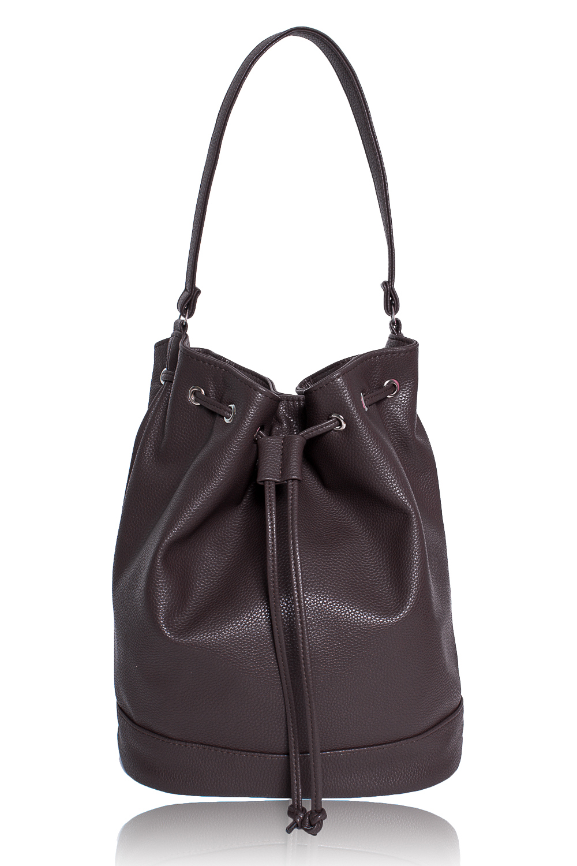 СумкаСумки-шоппинг<br>Женские сумки бренда DINESSI - это стильные аксессуары, которые по достоинству оценят представительницы прекрасного пола.  Сумка-мешок с донышком и притачной планкой по низу. Верх сумки стягивается шнурком, продетым в люверсы. Сзади карман на молнии. Внутри карман на молнии и 2 накладных кармана.   Цвет: коричневый.  Размеры: Высота - 35 ± 1 см Длина по дну - 27 ± 1 см Глубина - 13 ± 1 см<br><br>По материалу: Искусственная кожа<br>По размеру: Средние<br>По рисунку: Однотонные<br>По способу ношения: На плечо<br>По степени жесткости: Мягкие<br>По типу застежки: На шнурке,С застежкой молнией<br>По элементам: Карман на молнии<br>Размер : UNI<br>Материал: Искусственная кожа<br>Количество в наличии: 1