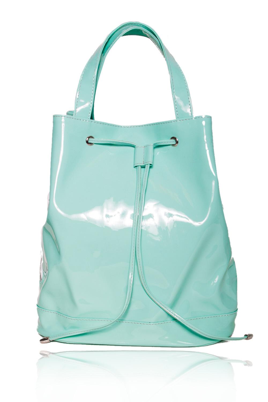СумкаСумки-шоппинг<br>Женские сумки бренда DINESSI - это стильные аксессуары, которые по достоинству оценят представительницы прекрасного пола.  Сумка мешок с донышком. Застежка на магнит. По верхнему срезу люверсы со шнурком. По низу сумки притачная планка. Один карман на молнии с боку. Две короткие ручки и съемная, регулируемая лямка. Внутри два накладных кармана и карман на молнии.  Цвет: бирюзовый.  Размеры: Высота - 34 ± 1 см Ширина - 17 ± 1 см Длина - 31 ± 1 см<br><br>По материалу: Искусственная кожа,Лакированная кожа<br>По размеру: Крупные,Средние<br>По рисунку: Однотонные<br>По силуэту стенок: Трапециевидные,Цилиндр<br>По способу ношения: В руках,На плечо,Через плечо<br>По степени жесткости: Мягкие<br>По типу застежки: На магните,С застежкой молнией<br>По элементам: Карман на молнии,Карман под телефон,С ремнями<br>Ручки: Длинные,Короткие<br>Размер : UNI<br>Материал: Искусственная кожа<br>Количество в наличии: 1