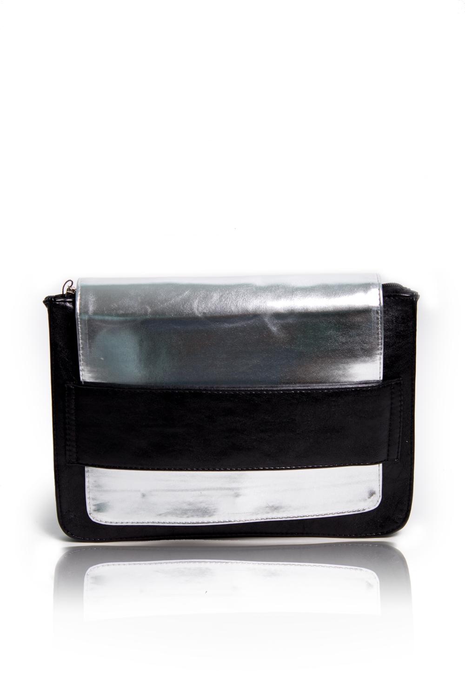 КлатчКлатчи<br>Женские сумки бренда DINESSI - это стильные аксессуары, которые по достоинству оценят представительницы прекрасного пола.  Клатч с застежкой на молнию и клапаном, продевающимся в пату. Внутри два накладных кармана и карман на молнии.   Цвет: черный, серебряный.  Размеры: 30,5*21,5*2,5 ± 1 см<br><br>По материалу: Искусственная кожа<br>По размеру: Средние<br>По рисунку: Цветные<br>По способу ношения: В руках<br>По степени жесткости: Мягкие<br>По типу застежки: С застежкой молнией<br>По элементам: Карман на молнии<br>Ручки: Короткие,С вырубной ручкой<br>По стилю: Повседневный стиль<br>По форме: Прямоугольные<br>Размер : UNI<br>Материал: Искусственная кожа<br>Количество в наличии: 1