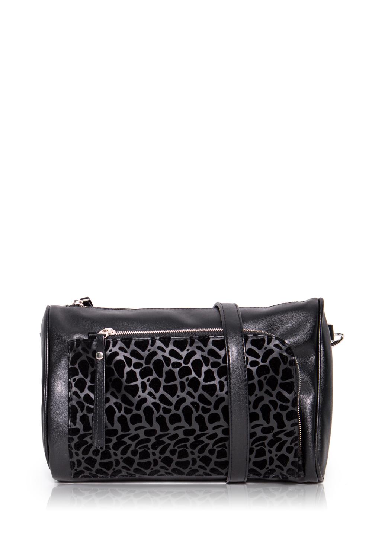 СумкаКлатчи<br>Женские сумки бренда DINESSI - это стильные аксессуары, которые по достоинству оценят представительницы прекрасного пола.  Сумка-клатч с застежкой на молнию, отстегивающейся петелькой и регулируемой, длинной лямкой. На передней части накладной карман с застежкой на молнию. Внутри два накладных кармана и карман на молнии.  Подклад может отличаться от представленного на фото.  Цвет: черный.  Размеры: Высота - 19 ± 1 см Длина - 28 ± 1 см Ширина - 8 ± 1 см<br><br>Отделения: 2 отделения<br>По материалу: Искусственная кожа<br>По размеру: Средние<br>По рисунку: Однотонные,С принтом<br>По способу ношения: В руках,На запастье,На плечо,Через плечо<br>По степени жесткости: Мягкие<br>По стилю: Повседневный стиль<br>По типу застежки: С застежкой молнией<br>По форме: Прямоугольные<br>По элементам: Карман на молнии,Карман под телефон,С декором,С отделочной фурнитурой,С ремнями<br>Ручки: Длинные,Короткие,Регулируемые<br>Размер : UNI<br>Материал: Искусственная кожа<br>Количество в наличии: 1