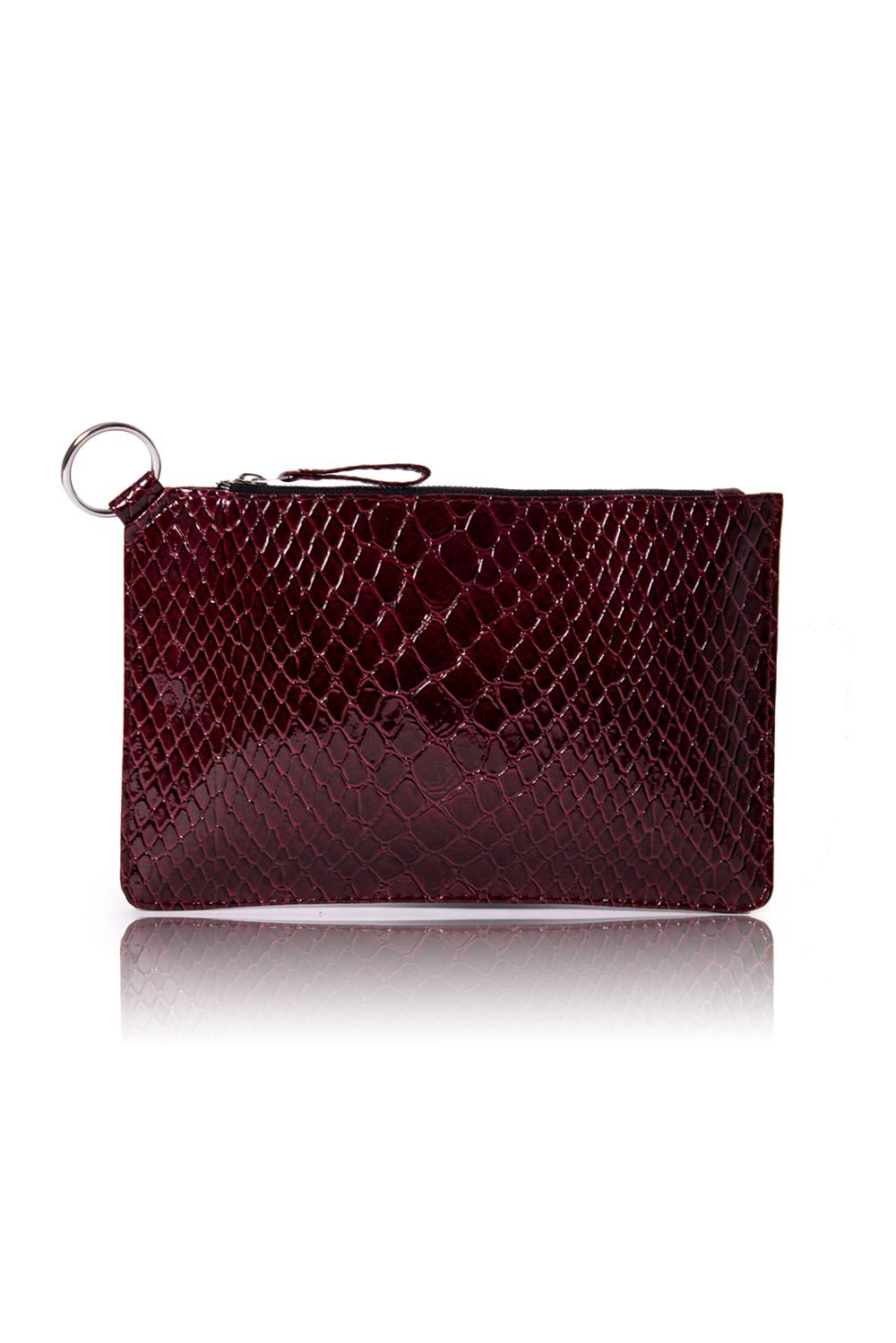 КлатчКлатчи<br>Женские сумки бренда DINESSI - это стильные аксессуары, которые по достоинству оценят представительницы прекрасного пола.  Клатч с застежкой на молнию. Внутри карман на молнии.  Подклад может отличаться от представленного на фото.  Цвет: бордовый.  Размеры: Высота - 17 ± 1 см Длина - 25 ± 1 см Ширина - 0,3 ± 1 см<br><br>Отделения: 1 отделение<br>По материалу: Искусственная кожа,Лакированная кожа<br>По размеру: Маленькие<br>По рисунку: Однотонные,Рептилия,Фактурный рисунок<br>По способу ношения: В руках,На запастье<br>По степени жесткости: Мягкие<br>По типу застежки: С застежкой молнией<br>По элементам: Карман на молнии,Карман под телефон<br>По форме: Прямоугольные<br>Размер : UNI<br>Материал: Искусственная кожа<br>Количество в наличии: 1