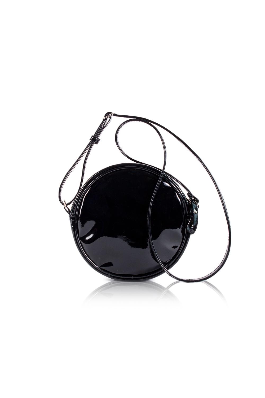 СумкаКлатчи<br>Женские сумки бренда DINESSI - это стильные аксессуары, которые по достоинству оценят представительницы прекрасного пола.  Сумка круглой формы с застежкой на молнию и длинной, регулируемой лямкой. Внутри накладной карман.   Цвет: черный.  Размеры: Высота - 19,5 ± 1 см Длина - 19,5 ± 1 см Ширина - 4,5 ± 1 см<br><br>Отделения: 1 отделение<br>По материалу: Искусственная кожа<br>По размеру: Маленькие<br>По рисунку: Однотонные<br>По способу ношения: В руках,На плечо,Через плечо<br>По степени жесткости: Мягкие<br>По стилю: Нарядный стиль,Повседневный стиль<br>По типу застежки: С застежкой молнией<br>По форме: Круглые<br>По элементам: Карман под телефон,С декором<br>Ручки: Длинные<br>Размер : UNI<br>Материал: Искусственная кожа + Лак<br>Количество в наличии: 1