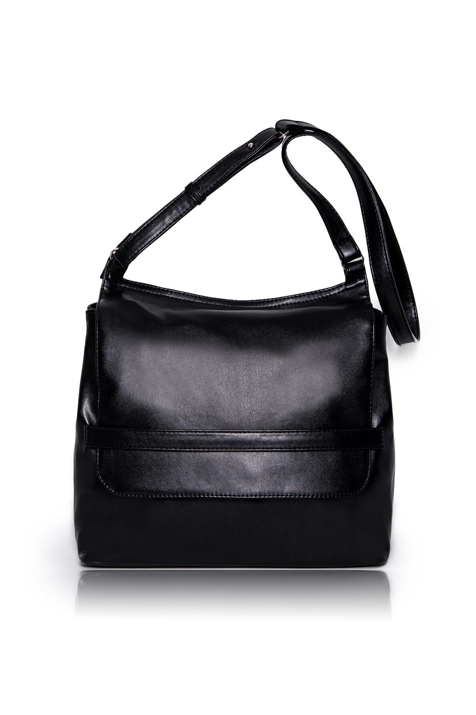 СумкаКлассические<br>Женские сумки бренда DINESSI - это стильные аксессуары, которые по достоинству оценят представительницы прекрасного пола.  Сумка с клапаном и застежкой на магнит. Длинная регулируемая лямка. Внутри два накладных кармана и карман на молнии.   Подклад может отличаться от представленного на фото.  Цвет: черный.  Размеры: Высота - 30 ± 1 см Длина - 33 ± 1 см Ширина - 12 ± 1 см<br><br>По материалу: Искусственная кожа<br>По размеру: Средние<br>По рисунку: Однотонные<br>По способу ношения: В руках,На запастье,На плечо,Через плечо<br>По степени жесткости: Мягкие<br>По типу застежки: На магните,С застежкой молнией,С клапаном<br>По элементам: Карман на молнии,Карман под телефон<br>Ручки: Длинные,Регулируемые<br>По форме: Квадратные<br>Размер : UNI<br>Материал: Искусственная кожа<br>Количество в наличии: 1