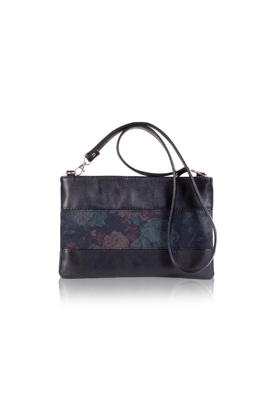 КлатчКлатчи<br>Женские сумки бренда DINESSI - это стильные аксессуары, которые по достоинству оценят представительницы прекрасного пола.  Клатч со вставкой на передней части изделия. Съемная лямка с регулятором. Застежка на молнию. На задней части сумки карман на молнии. Внутри два накладных кармана и карман на молнии.  В изделии использованы цвета: черный, синий и др.  Размеры: Высота - 18,5 ± 1 см Длина - 28,5 ± 1 см Ширина - 1 см<br><br>Отделения: 1 отделение<br>По материалу: Искусственная кожа,Тканевые<br>По размеру: Средние<br>По рисунку: Цветные<br>По способу ношения: В руках,На плечо<br>По степени жесткости: Мягкие<br>По стилю: Повседневный стиль<br>По типу застежки: С застежкой молнией<br>По форме: Прямоугольные<br>По элементам: Карман на молнии<br>Ручки: Длинные<br>Размер : UNI<br>Материал: Искусственная кожа + Пальтовая ткань<br>Количество в наличии: 1