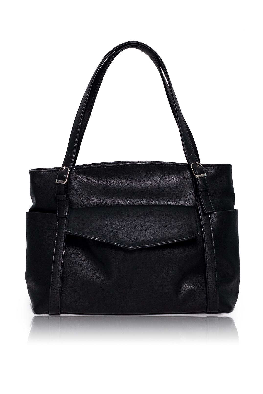 СумкаСумки-шоппинг<br>Женские сумки бренда DINESSI - это стильные аксессуары, которые по достоинству оценят представительницы прекрасного пола.  Сумка с застежкой на молнию. На передней части сумки накладной карман с клапаном и застежкой на магнит. Две лямки с регулировкой пряжками. Внутри два накладных кармана и карман на молнии.  Цвет: черный.  Длина - 42 ± 1 см Высота - 29 ± 1 см Глубина - 11,5 ± 1 см<br><br>Отделения: 1 отделение<br>По материалу: Искусственная кожа<br>По размеру: Крупные<br>По рисунку: Однотонные<br>По способу ношения: В руках,На плечо<br>По степени жесткости: Мягкие<br>По типу застежки: На магните,С застежкой молнией<br>По элементам: Карман на молнии,Карман под телефон,С отделочной фурнитурой<br>Ручки: Короткие<br>По форме: Прямоугольные<br>Размер : UNI<br>Материал: Искусственная кожа<br>Количество в наличии: 2