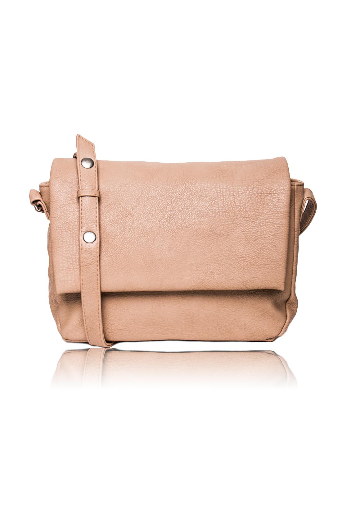 СумкаКлассические<br>Женские сумки бренда DINESSI - это стильные аксессуары, которые по достоинству оценят представительницы прекрасного пола.  Сумка с откидным клапаном и застежкой на молнию и магнит. В клапане и на задней части сумки карманы на молнии. Внутри два накладных кармана и карман на молнии. Длинная лямка с регулировкой на кнопках.   Цвет: бежевый.  Размеры: Длина - 31 ± 1 см Высота - 22 ± 1 см Глубина - 11 ± 1 см<br><br>Отделения: 2 отделения<br>По материалу: Искусственная кожа<br>По рисунку: Однотонные<br>По силуэту стенок: Прямоугольные<br>По способу ношения: В руках,На плечо,Через плечо<br>По степени жесткости: Мягкие<br>По типу застежки: На магните,С застежкой молнией<br>По элементам: Карман на молнии,Карман под телефон<br>Ручки: Длинные<br>Размер : UNI<br>Материал: Искусственная кожа<br>Количество в наличии: 2