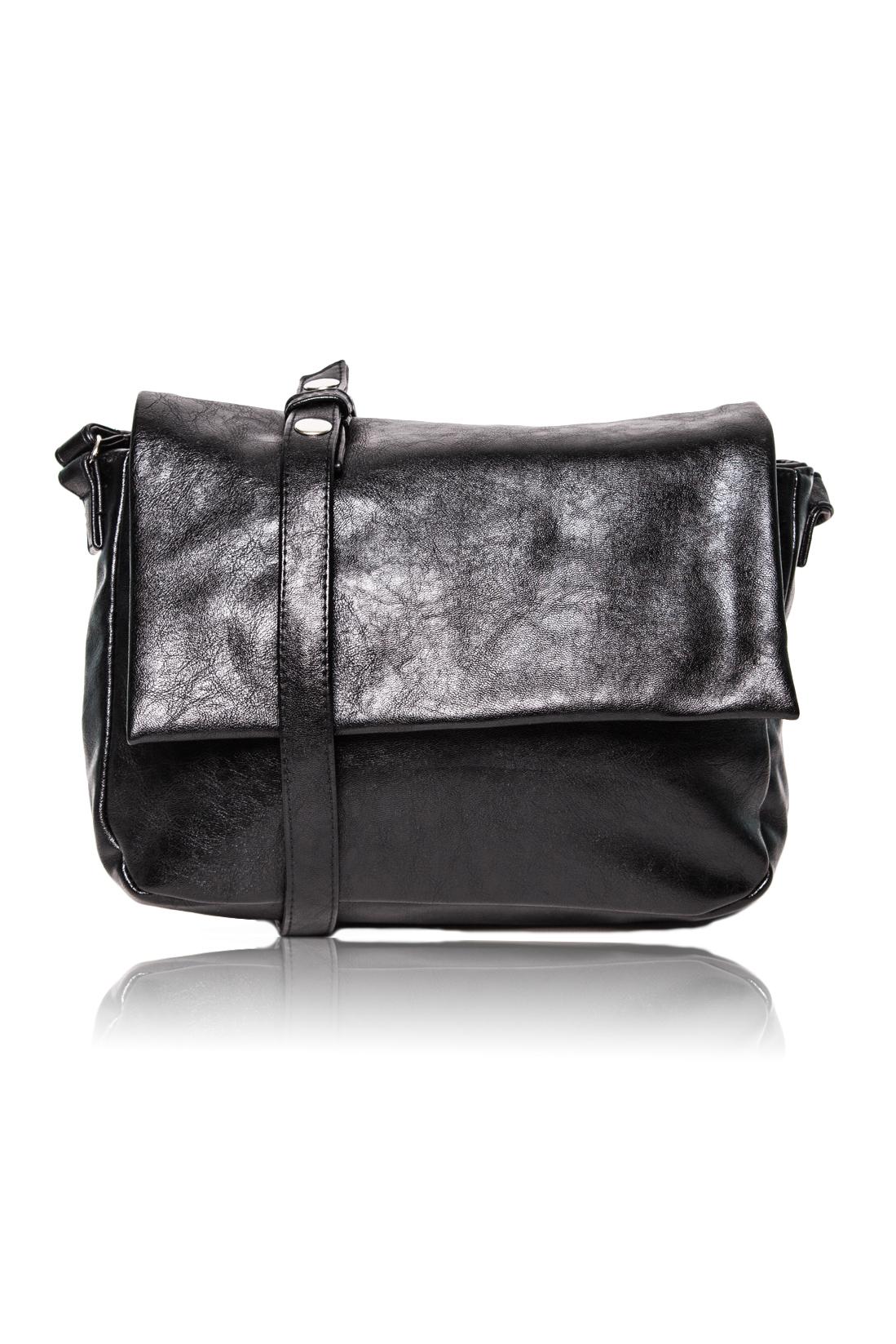 СумкаКлассические<br>Женские сумки бренда DINESSI - это стильные аксессуары, которые по достоинству оценят представительницы прекрасного пола.  Сумка с откидным клапаном и застежкой на молнию и магнит. В клапане и на задней части сумки карманы на молнии. Внутри два накладных кармана и карман на молнии. Длинная лямка с регулировкой на кнопках.   Цвет: черный.  Размеры: Длина - 31 ± 1 см Высота - 22 ± 1 см Глубина - 11 ± 1 см<br><br>Отделения: 2 отделения<br>По материалу: Искусственная кожа<br>По рисунку: Однотонные<br>По способу ношения: В руках,На плечо,Через плечо<br>По степени жесткости: Мягкие<br>По типу застежки: На магните,С застежкой молнией<br>По элементам: Карман на молнии,Карман под телефон<br>Ручки: Длинные<br>По форме: Прямоугольные<br>По размеру: Средние<br>Размер : UNI<br>Материал: Искусственная кожа<br>Количество в наличии: 1
