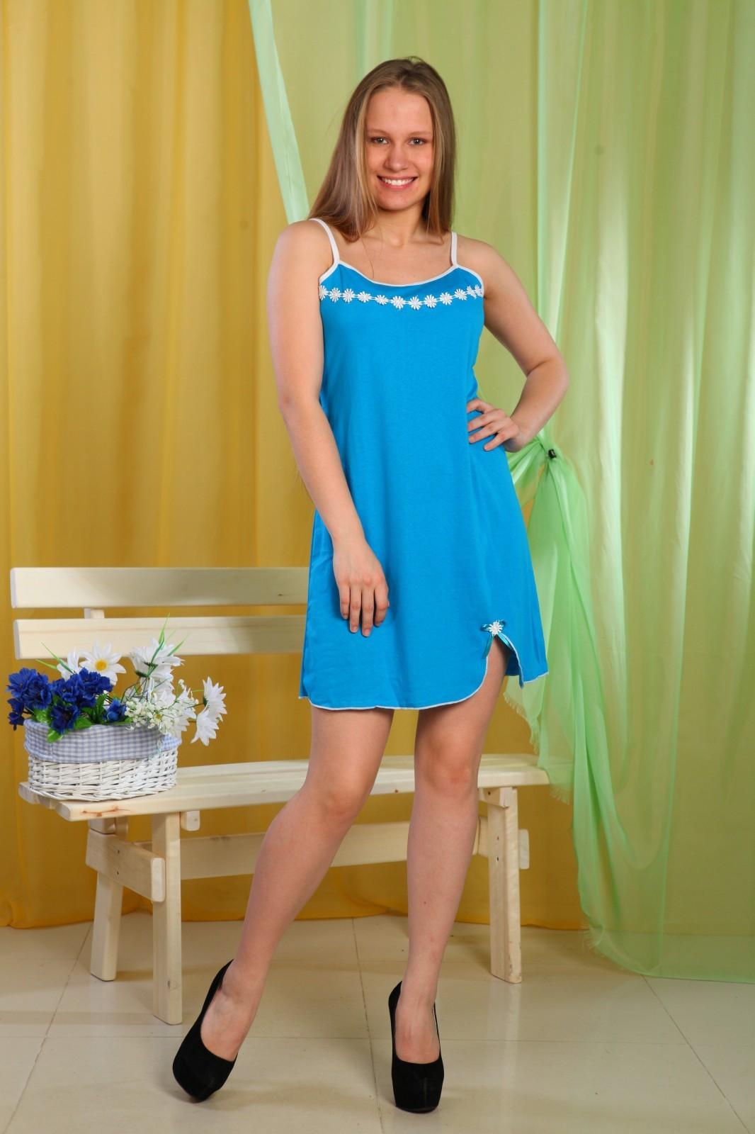 СорочкаНочные сорочки<br>Ночная сорочка на тонких бретелях. Домашняя одежда, прежде всего, должна быть удобной, практичной и красивой. В наших изделиях Вы будете чувствовать себя комфортно, особенно, по вечерам после трудового дня.  В изделии использованы цвета: голубой, белый  Ростовка изделия 170 см.<br><br>По длине: До колена<br>По материалу: Трикотаж,Хлопок<br>По рисунку: Однотонные<br>По силуэту: Свободные<br>По стилю: Повседневный стиль<br>По форме: Сорочки<br>По элементам: С декором<br>По сезону: Всесезон<br>Размер : 48,56<br>Материал: Трикотаж<br>Количество в наличии: 2