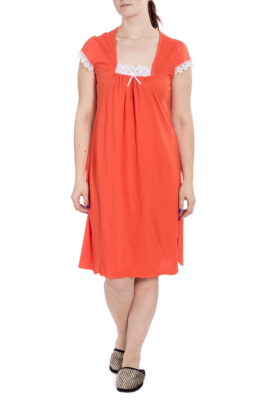СорочкаНочные сорочки<br>Хлопковая ночная сорочка. Домашняя одежда, прежде всего, должна быть удобной, практичной и красивой. В наших изделиях Вы будете чувствовать себя комфортно, особенно, по вечерам после трудового дня.  В изделии использованы цвета: оранжевый, белый  Рост девушки-фотомодели 180 см.<br><br>Горловина: Квадратная горловина<br>По длине: Ниже колена<br>По материалу: Хлопок<br>По рисунку: Однотонные<br>По силуэту: Прямые<br>По стилю: Повседневный стиль<br>По форме: Сорочки<br>По элементам: С декором<br>По сезону: Всесезон<br>Размер : 52<br>Материал: Хлопок<br>Количество в наличии: 1