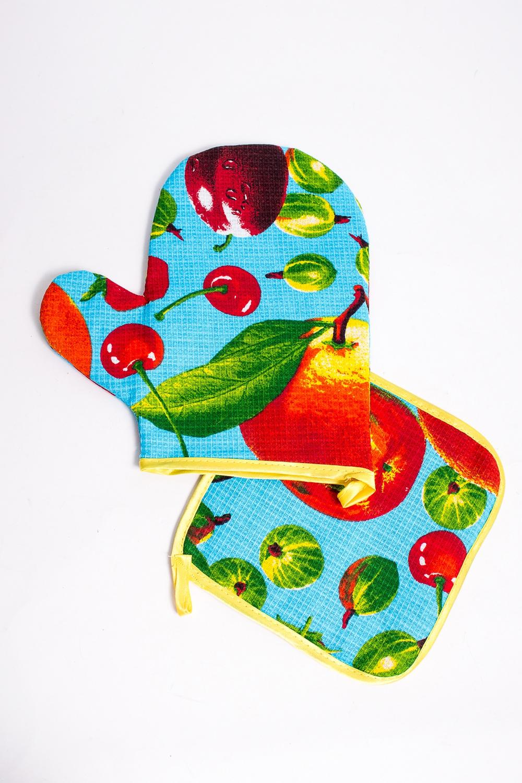 Набор кухонныйСтоловые наборы<br>Кухонный набор станет прекрасным подарком для каждой настоящей хозяйки Подарите себе это удовольствие  В комплект входит: Прихватка Рукавица  В изделии использованы цвета: голубой и др.<br><br>Размер : UNI<br>Материал: Вафельное полотно<br>Количество в наличии: 5