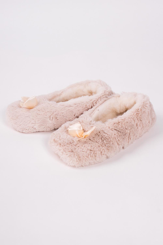ТапочкиДомашняя обувь<br>Теплые и мягкие домашние тапочки подарят не только комфорт, но и отличное настроение после трудового дня.   Подклад из 100% овечьей шерсти.  В изделии использованы цвета: бежевый<br><br>По материалу: Искусственный мех<br>По рисунку: Однотонные<br>По форме: Носки-тапочки<br>По сезону: Всесезон<br>Размер : 36-37<br>Материал: Искусственный мех<br>Количество в наличии: 1