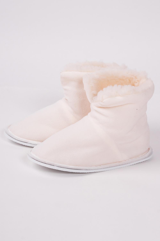 ТапочкиДомашняя обувь<br>Теплые и мягкие домашние тапочки подарят не только комфорт, но и отличное настроение после трудового дня.   В изделии использованы цвета: молочный<br><br>По рисунку: Однотонные<br>По форме: Угги<br>По сезону: Зима<br>Размер : 35-36,36-37,38-39<br>Материал: Овчина<br>Количество в наличии: 3
