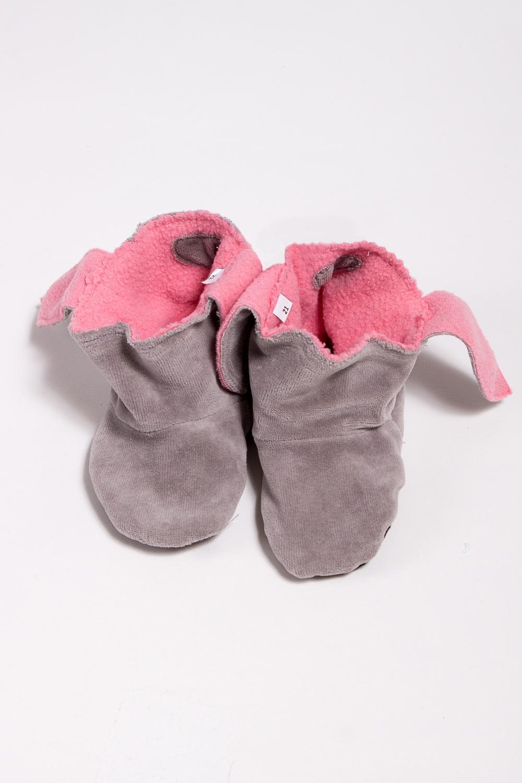 ТапочкиДомашняя обувь<br>Мягкие и удобные тапочки. Выглядеть стильно даже дома - это так легко  Порадуйте вашего малыша уютными тапочками-уггами.  Материал - флис , мягкий, теплый, неаллергенный.  В изделии использованы цвета: серый, розовый<br><br>По сезону: Всесезон<br>Размер : 27,30,33<br>Материал: Флис<br>Количество в наличии: 3