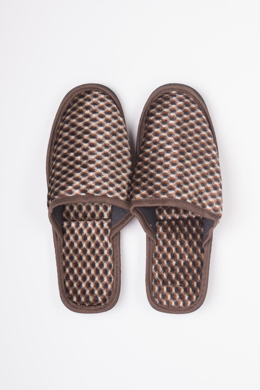 ТапочкиДомашняя обувь<br>Мягкие домашние тапочки подарят не только комфорт, но и отличное настроение после трудового дня.   Цвет: коричневый<br><br>По сезону: Всесезон<br>Размер : 40-41,42<br>Материал: Текстиль<br>Количество в наличии: 2