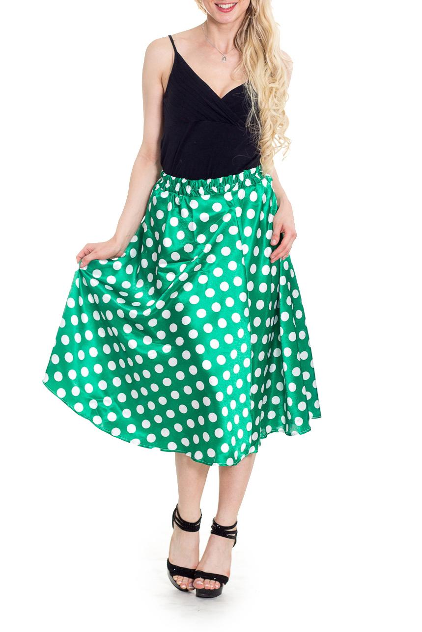 ЮбкаЮбки<br>Милая юбка в горошек. Отличный выбор для летнего гардероба.  В изделии использованы цвета: зеленый, белый  Рост девушки-фотомодели 170 см<br><br>По длине: Ниже колена<br>По материалу: Атлас<br>По образу: Город<br>По рисунку: В горошек,С принтом,Цветные<br>По силуэту: Полуприталенные<br>По стилю: Повседневный стиль<br>По форме: Юбка-трапеция<br>По элементам: С завышенной талией<br>По сезону: Лето,Весна,Зима,Осень,Всесезон<br>Размер : 46,50<br>Материал: Атлас<br>Количество в наличии: 3