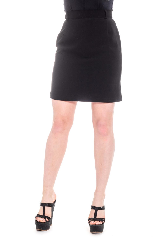 ЮбкаЮбки<br>Клаасическая юбка с подкладом и застежкой - молния, пуговица.   Цвет: черный.  Рост девушки-фотомодели 170 см.<br><br>По образу: Свидание,Город,Офис<br>По стилю: Офисный стиль,Повседневный стиль,Классический стиль,Кэжуал<br>По материалу: Костюмные ткани,Тканевые<br>По рисунку: Однотонные<br>По сезону: Всесезон,Осень,Весна,Зима,Лето<br>По силуэту: Полуприталенные<br>По элементам: С молнией,С пуговицами<br>По форме: Юбка-карандаш<br>По длине: До колена,Мини<br>Размер: 42,44,46,48,50,52<br>Материал: 70% полиэстер 30% вискоза<br>Количество в наличии: 6