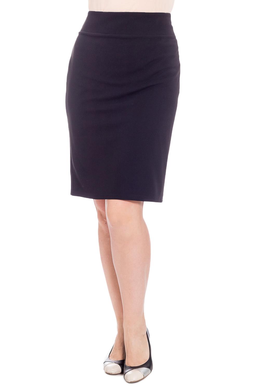 ЮбкаЮбки<br>Классическая женская юбка до колена. Модель выполнена из приятного материала. Отличный выбор для повседневного и делового гардероба.  Цвет: черный  Рост девушки-фотомодели 180 см<br><br>По длине: До колена<br>По материалу: Трикотаж<br>По образу: Город,Офис<br>По рисунку: Однотонные<br>По силуэту: Приталенные<br>По стилю: Офисный стиль,Повседневный стиль<br>По форме: Юбка-карандаш<br>По элементам: С разрезом<br>Разрез: Короткий,Шлица<br>По сезону: Осень,Весна<br>Размер : 48,50,52,54<br>Материал: Трикотаж<br>Количество в наличии: 4