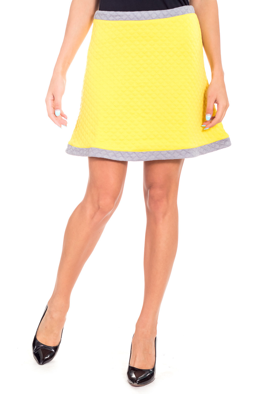 ЮбкаЮбки<br>Ультрамодная юбка трапециевидного силуэта с завышенной талией. Модель выполнена из фактурного трикотажа. Отличный выбор для повседневного гардероба.  В изделии использованы цвета: желтый, серый  Рост девушки-фотомодели 173 см.<br><br>По длине: До колена<br>По материалу: Вискоза,Трикотаж<br>По рисунку: Цветные<br>По силуэту: Полуприталенные<br>По стилю: Молодежный стиль,Повседневный стиль,Ультрамодный стиль<br>По форме: Юбка-трапеция<br>По элементам: С завышенной талией<br>По сезону: Осень,Весна<br>Размер : 42,44,48<br>Материал: Трикотаж<br>Количество в наличии: 3