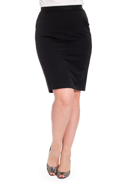 ЮбкаЮбки<br>Классическая женская юбка из плотной костюмной ткани. Отличный выбор для повседневного и делового гардероба.  Цвет: черный  Рост девушки-фотомодели 180 см.<br><br>По длине: До колена<br>По материалу: Костюмные ткани,Тканевые<br>По рисунку: Однотонные<br>По сезону: Весна,Зима,Лето,Осень,Всесезон<br>По силуэту: Приталенные<br>По стилю: Классический стиль,Офисный стиль,Повседневный стиль<br>По форме: Юбка-карандаш<br>По элементам: С разрезом<br>Разрез: Короткий,Шлица<br>Размер : 46,48,50,54<br>Материал: Костюмная ткань<br>Количество в наличии: 4