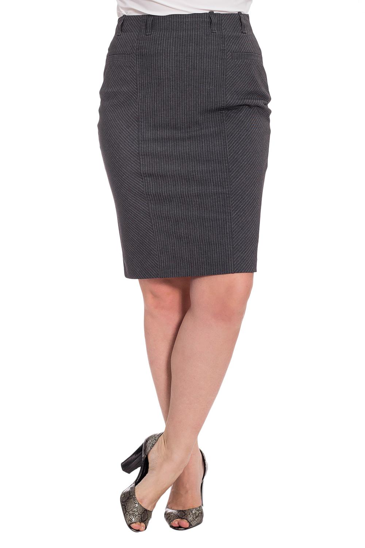 ЮбкаЮбки<br>Классическая женская юбка из плотной костюмной ткани. Отличный выбор для повседневного и делового гардероба.  Цвет: серый  Рост девушки-фотомодели 180 см.<br><br>По длине: До колена<br>По материалу: Костюмные ткани,Тканевые<br>По рисунку: Однотонные<br>По силуэту: Приталенные<br>По стилю: Классический стиль,Офисный стиль,Повседневный стиль<br>По форме: Юбка-карандаш<br>По элементам: С разрезом<br>Разрез: Короткий,Шлица<br>По сезону: Весна,Зима,Лето,Осень,Всесезон<br>Размер : 44,46,48,50,54,56<br>Материал: Костюмная ткань<br>Количество в наличии: 6