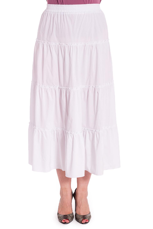ЮбкаЮбки<br>Однотонная ярусная юбка на резинке. Модель выполнена из приятного материала. Отличный выбор для любого случая.В изделии использованы цвета: белыйРост девушки-фотомодели 180 см<br><br>Длина: Миди<br>Материал: Тканевые,Хлопок<br>Рисунок: Однотонные<br>Сезон: Лето<br>Силуэт: Полуприталенные<br>Стиль: Кэжуал,Летний стиль,Повседневный стиль<br>Форма: Юбка-трапеция<br>Размер : 62,66<br>Материал: Плательная ткань<br>Количество в наличии: 2