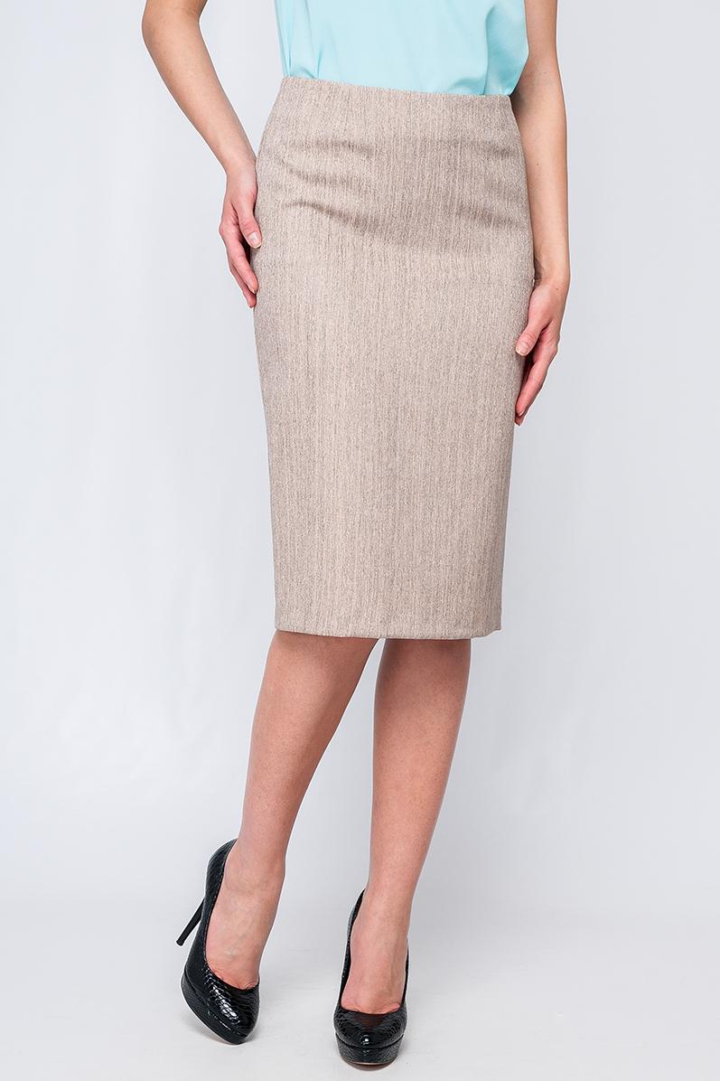 ЮбкаЮбки<br>Классическая женская юбка-карандаш, Нежный бежевый цвет будет смотреться оригинально и необычно. По низу юбки сзади есть разрез, юбка на замке сзади изделия.   Параметры изделия:  44 размер: обхват по линии бедер - 97,5 см, длина - 63,5 см;  52 размер: обхват по линии бедер - 113,5 см, длина - 64 см  Цвет: бежевый  Рост девушки-фотомодели 170 см<br><br>По длине: Ниже колена<br>По материалу: Тканевые<br>По рисунку: В полоску,Однотонные<br>По сезону: Весна,Осень,Лето<br>По силуэту: Приталенные<br>По стилю: Повседневный стиль<br>По форме: Юбка-карандаш<br>По элементам: С разрезом<br>Разрез: Короткий,Шлица<br>Размер : 42<br>Материал: Костюмно-плательная ткань<br>Количество в наличии: 1