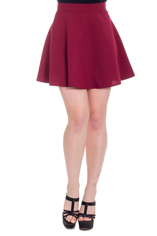 ЮбкаЮбки<br>Ультрамодная юбка с завышенной талией трапециевидного силуэта. Отличный выбор для повседневного гардероба.  Цвет: бордовый  Рост девушки-фотомодели 170 см<br><br>По длине: До колена,Мини<br>По материалу: Тканевые<br>По рисунку: Однотонные<br>По силуэту: Полуприталенные<br>По стилю: Молодежный стиль,Ультрамодный стиль<br>По элементам: С завышенной талией<br>По сезону: Осень,Весна<br>Размер : 46,48<br>Материал: Костюмно-плательная ткань<br>Количество в наличии: 2