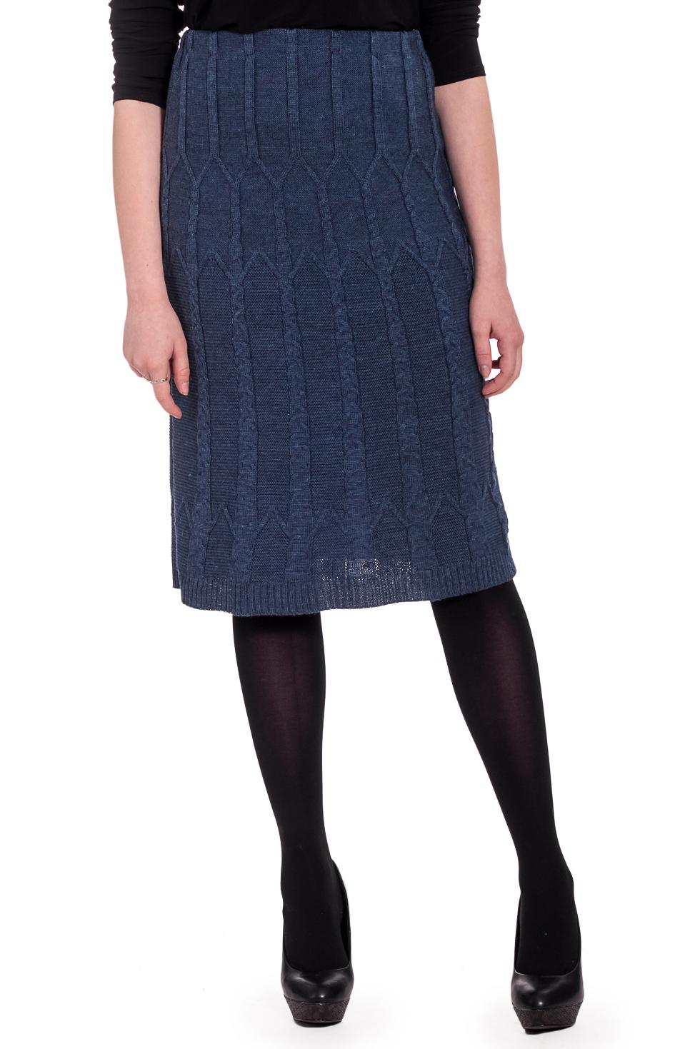 ЮбкаЮбки<br>Теплая юбка длиной миди. Вязаный трикотаж - это красота, тепло и комфорт. В вязаных вещах очень легко оставаться женственной и в то же время не замёрзнуть. Ростовка изделия 164 см.  В изделии использованы цвета: синий  Рост девушки-фотомодели 170 см.<br><br>По длине: Миди,Ниже колена<br>По материалу: Вязаные,Трикотаж,Шерсть<br>По рисунку: Однотонные,Фактурный рисунок<br>По силуэту: Полуприталенные<br>По стилю: Повседневный стиль<br>По форме: Юбка-трапеция<br>По сезону: Зима<br>Размер : 44<br>Материал: Вязаное полотно<br>Количество в наличии: 1