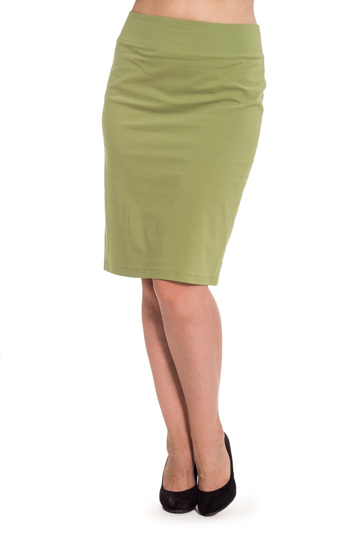 ЮбкаЮбки<br>Нежный оттенок подчеркнет Вашу женственность, а натуральный состав ткани позволит чувствовать себя комфортно в жаркий летный день. Юбка создает прекрасный ансамбль с жакетом или блузкой.  Цвет: оливковый  Рост девушки-фотомодели 180 см.<br><br>По длине: Ниже колена,До колена<br>По материалу: Хлопок<br>По образу: Город<br>По стилю: Повседневный стиль<br>По рисунку: Однотонные<br>По силуэту: Приталенные<br>По форме: Юбка-карандаш<br>По элементам: С разрезом<br>Разрез: Короткий<br>По сезону: Лето<br>Размер : 46,48,50,52,54<br>Материал: Хлопок<br>Количество в наличии: 3