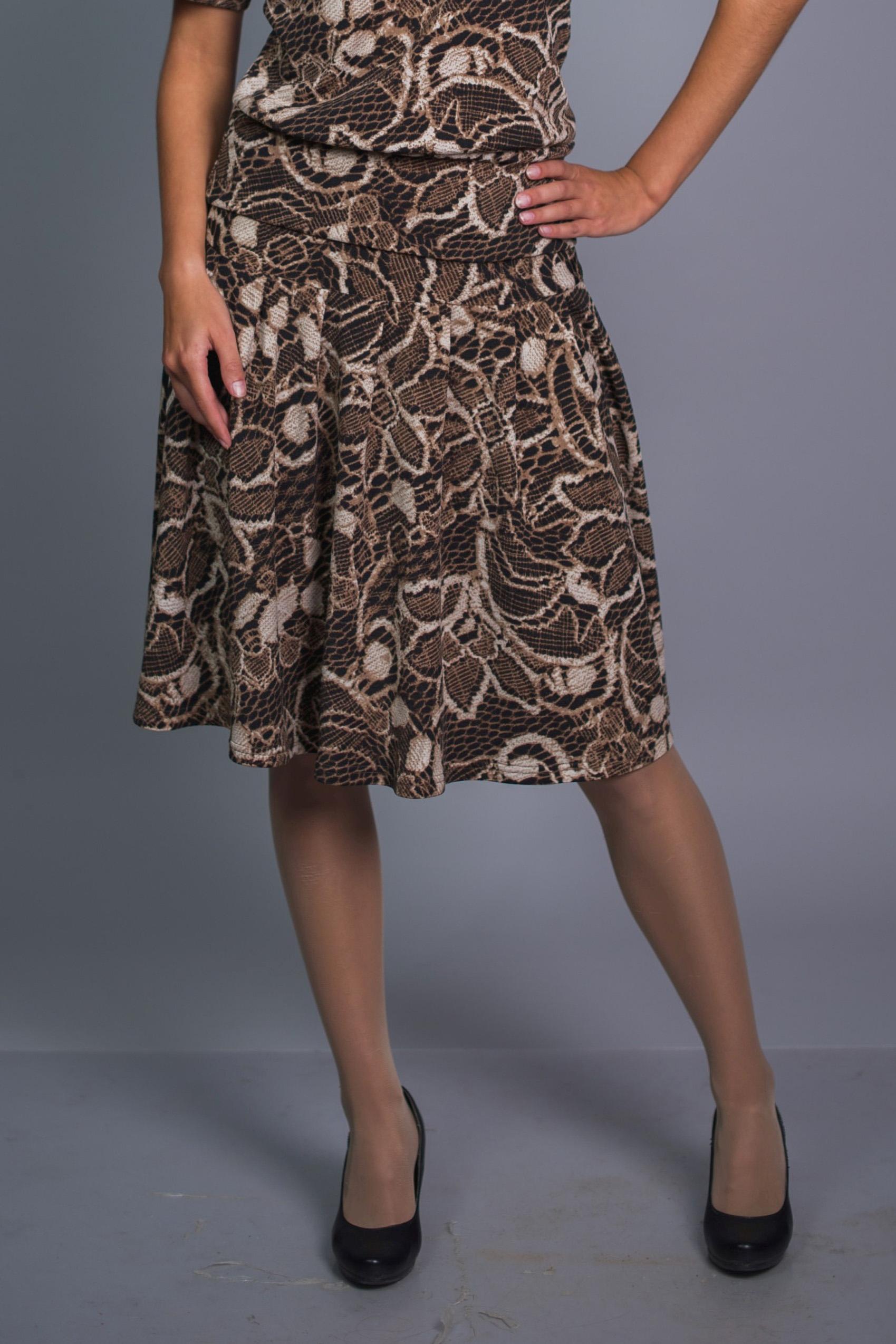 ЮбкаЮбки<br>Удобная юбка трапециевидного силуэта. Модель выполнена из приятного материала. Отличный выбор для повседневного гардероба.   В изделии использованы цвета: бежевый, коричневый  Ростовка изделия 170 см.<br><br>По длине: Ниже колена<br>По материалу: Вискоза,Трикотаж<br>По рисунку: Растительные мотивы,С принтом,Цветные,Цветочные<br>По силуэту: Полуприталенные<br>По стилю: Повседневный стиль<br>По форме: Юбка-трапеция<br>По сезону: Осень,Весна<br>Размер : 44,46,48<br>Материал: Трикотаж<br>Количество в наличии: 3
