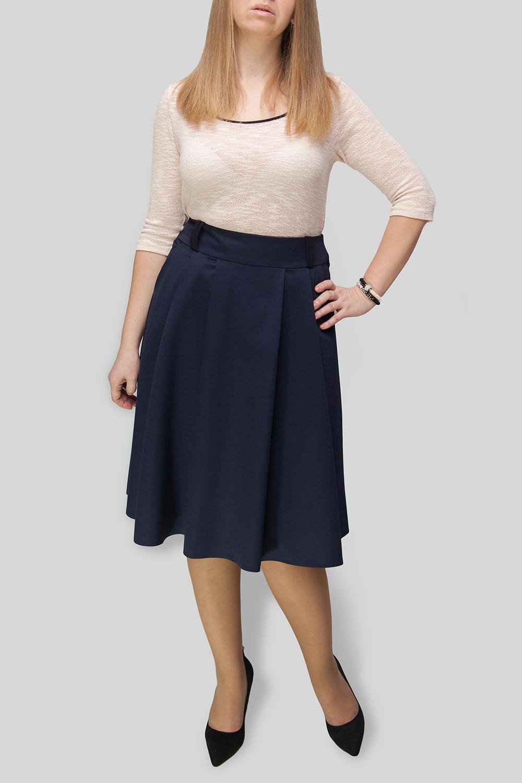 ЮбкаЮбки<br>Однотонная юбка из приятного материала. Наличие эластана в составе ткани обеспечивает свободу движений. Отличный выбор для повседневного и делового гардероба. Ткань - плотная костюмная, характеризующаяся эластичностью, растяжимостью и мягкостью. Юбка без пояса.  В изделии использованы цвета: темно-синий  Параметры размеров: 44 размер - обхват груди 84 см., обхват талии 72 см., обхват бедер 97 см. 46 размер - обхват груди 92 см., обхват талии 76 см., обхват бедер 100 см. 48 размер - обхват груди 96 см., обхват талии 80 см., обхват бедер 103 см. 50 размер - обхват груди 100 см., обхват талии 84 см., обхват бедер 106 см. 52 размер - обхват груди 104 см., обхват талии 88 см., обхват бедер 109 см. 54 размер - обхват груди 110 см., обхват талии 94,5 см., обхват бедер 114 см. 56 размер - обхват груди 116 см., обхват талии 101 см., обхват бедер 119 см. 58 размер - обхват груди 122 см., обхват талии 107,5 см., обхват бедер 124 см. 60 размер - обхват груди 128 см., обхват талии 114 см., обхват бедер 129 см.  Ростовка изделия 168 см.<br><br>По длине: Ниже колена<br>По материалу: Костюмные ткани<br>По рисунку: Однотонные,Цветные<br>По сезону: Весна,Зима,Лето,Осень,Всесезон<br>По стилю: Офисный стиль,Повседневный стиль<br>По форме: Юбка-трапеция<br>По элементам: С завышенной талией,С карманами,Со складками<br>По силуэту: Полуприталенные<br>Размер : 44,50,52<br>Материал: Костюмно-плательная ткань<br>Количество в наличии: 4