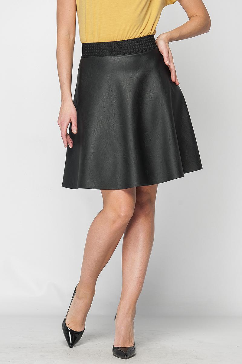 ЮбкаЮбки<br>Юбка женская из трикотажной ткани экокожа. Модель расклешенная, длиной до колена. Пояс из декоративной фактурной резины. Сзади металлическая застежка на молнию. Комбинируя юбку с повседневными или нарядными блузами, Вы создадите изящный женственный образ.   Параметры изделия:  44 размер: обхват талии - 65 см, длина изделия - 53 см;  48 размер: обхват талии - 81 см, длина изделия - 53 см.  В изделии использованы цвета: черный  Рост девушки-фотомодели 170 см.<br><br>По длине: До колена<br>По рисунку: Однотонные<br>По сезону: Зима,Осень,Весна<br>По силуэту: Полуприталенные<br>По стилю: Готический стиль,Кэжуал,Офисный стиль,Повседневный стиль<br>По форме: Юбка-трапеция<br>По элементам: С завышенной талией<br>По материалу: Искусственная кожа<br>Размер : 42,46<br>Материал: Искусственная кожа<br>Количество в наличии: 2