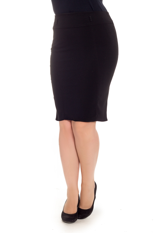 ЮбкаЮбки<br>Классическая женская юбка будет удачно гармонировать с различными элементами гардероба. Застежка - молния.  Цвет: черный.  Рост девушки-фотомодели 180 см<br><br>Застежка: С молнией<br>По длине: До колена<br>По материалу: Костюмные ткани<br>По рисунку: Однотонные<br>По сезону: Весна,Зима,Лето,Осень,Всесезон<br>По силуэту: Приталенные<br>По стилю: Классический стиль,Кэжуал,Офисный стиль,Повседневный стиль<br>По форме: Юбка-карандаш<br>По элементам: С декором,Со складками<br>Размер : 46,48<br>Материал: Костюмная ткань<br>Количество в наличии: 2