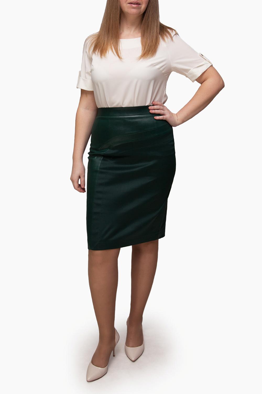 ЮбкаЮбки<br>Однотонная юбка длиной до колена с завышенной талией. Модель выполнена из приятного материала. Отличный выбор для повседневного гардероба.  Изделие маломерит на 1 размер.  В изделии использованы цвета: зеленый  Ростовка изделия 170 см.<br><br>По длине: До колена<br>По материалу: Трикотаж<br>По рисунку: Однотонные<br>По сезону: Весна,Зима,Лето,Осень,Всесезон<br>По силуэту: Приталенные<br>По стилю: Повседневный стиль<br>По форме: Юбка-карандаш<br>По элементам: С разрезом<br>Разрез: Короткий,Шлица<br>Размер : 50,52,54,56,58<br>Материал: Трикотаж<br>Количество в наличии: 9