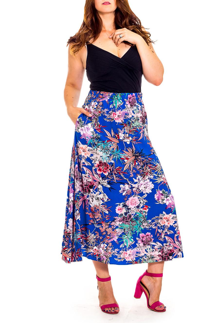 ЮбкаЮбки<br>Очаровательная женская юбка из струящегося материала. Модель станет прекрасной составляющей Вашего модного гардероба.  В изделии использованы цвета: синий, розовый и др.  Рост девушки-фотомодели 180 см<br><br>По длине: Макси<br>По материалу: Тканевые,Хлопок<br>По рисунку: Растительные мотивы,С принтом,Цветные,Цветочные<br>По силуэту: Полуприталенные,Свободные<br>По стилю: Летний стиль,Повседневный стиль<br>По форме: Юбка-трапеция<br>По элементам: С карманами<br>По сезону: Лето<br>Размер : 50<br>Материал: Плательная ткань<br>Количество в наличии: 1
