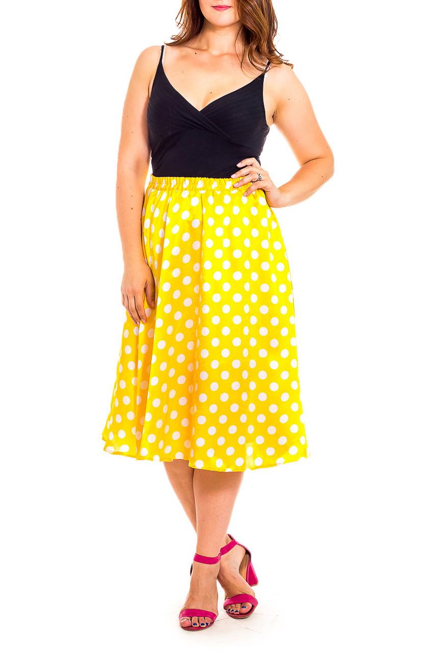 ЮбкаЮбки<br>Эта очаровательная юбка станет прекрасной составляющей Вашего модного гардероба.  В изделии использованы цвета: желтый, белый.  Рост девушки-фотомодели 180 см<br><br>Застежка: С резинкой<br>По длине: Миди,Ниже колена<br>По материалу: Атлас<br>По образу: Город,Свидание<br>По рисунку: В горошек,С принтом,Цветные<br>По сезону: Весна,Зима,Лето,Осень,Всесезон<br>По силуэту: Полуприталенные,Свободные<br>По стилю: Винтаж,Летний стиль,Повседневный стиль<br>По форме: Юбка-трапеция<br>Размер : 50,56<br>Материал: Атлас<br>Количество в наличии: 2