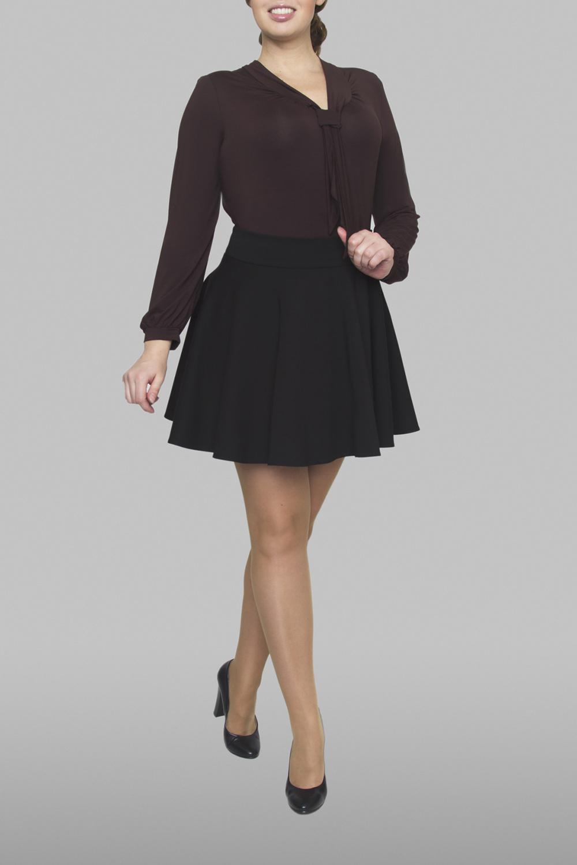 ЮбкаЮбки<br>Молодежная женская юбка, расклешенная от пояса к низу с притачным поясом. Застежка расположена по левому боковому шву на потайную тесьму молнию. Прекрасный повседневный и офисный вариант, создаст прекрасное настроение на весь день.  Ростовка изделия 170 см.  Цвет: черный<br><br>По длине: Мини<br>По материалу: Тканевые<br>По образу: Город,Офис,Свидание<br>По рисунку: Однотонные<br>По силуэту: Полуприталенные<br>По стилю: Офисный стиль,Повседневный стиль<br>По форме: Юбка-солнце<br>По элементам: С завышенной талией<br>По сезону: Осень,Весна<br>Размер : 46,48<br>Материал: Плательная ткань<br>Количество в наличии: 4