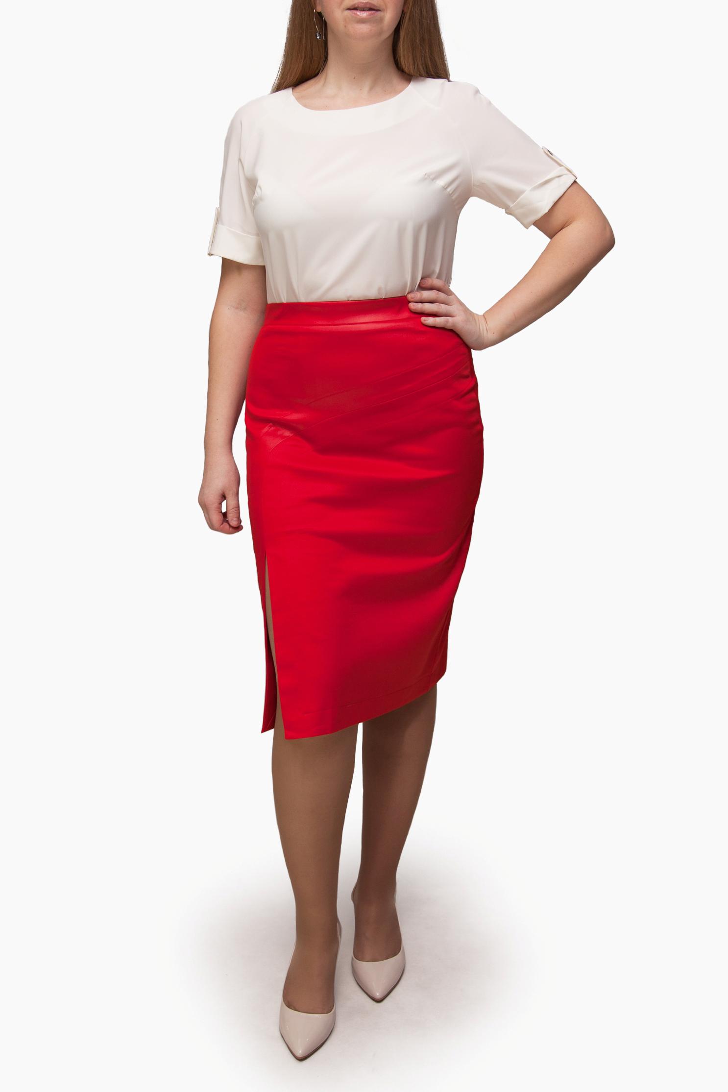 ЮбкаЮбки<br>Однотонная юбка длиной ниже колена с завышенной талией. Модель выполнена из приятного материала. Отличный выбор для повседневного гардероба.  Изделие маломерит на 1 размер.  В изделии использованы цвета: красный  Ростовка изделия 170 см.<br><br>По длине: Ниже колена<br>По материалу: Трикотаж<br>По рисунку: Однотонные<br>По сезону: Весна,Зима,Лето,Осень,Всесезон<br>По силуэту: Приталенные<br>По стилю: Повседневный стиль<br>По форме: Юбка-карандаш<br>По элементам: С завышенной талией,С разрезом<br>Разрез: Короткий<br>Размер : 44,46,48,50<br>Материал: Трикотаж<br>Количество в наличии: 8