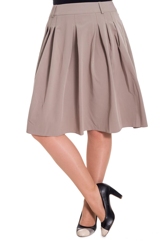 ЮбкаЮбки<br>Комфортная юбка из приятного материала — прекрасный вариант на каждый день.   Цвет: бежевый  Рост девушки-фотомодели 180 см<br><br>По длине: Ниже колена<br>По материалу: Тканевые,Хлопок<br>По рисунку: Однотонные<br>По силуэту: Приталенные<br>По стилю: Офисный стиль,Повседневный стиль<br>По элементам: Со складками<br>По сезону: Осень,Весна<br>Размер : 48,50,52<br>Материал: Костюмная ткань<br>Количество в наличии: 3