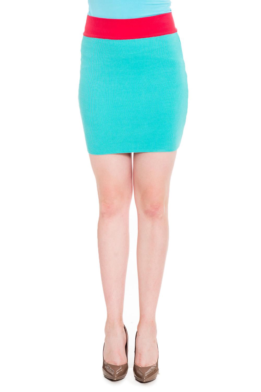 ЮбкаЮбки<br>Универсальная юбка для создания Вашего повседневного образа.   В изделии использованы цвета: голубой, красный  Рост девушки-фотомодели 170 см<br><br>Застежка: С резинкой<br>По длине: До колена<br>По материалу: Вязаные,Трикотаж<br>По образу: Город<br>По рисунку: Цветные<br>По силуэту: Приталенные<br>По стилю: Повседневный стиль<br>По форме: Юбка-карандаш<br>По сезону: Осень,Весна<br>Размер : 42,44,46,48<br>Материал: Вязаное полотно<br>Количество в наличии: 4