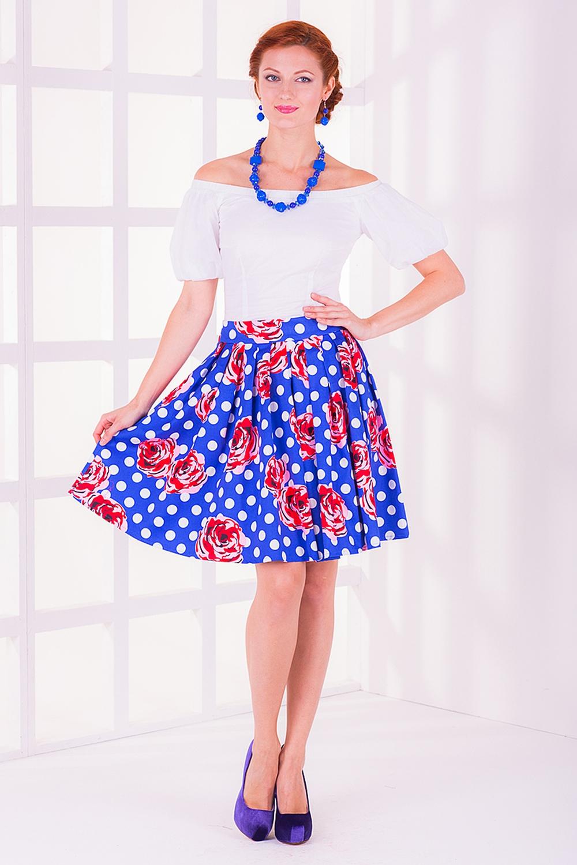 ЮбкаЮбки<br>Женская юбка с высокой талией. Модель выполнена из хлопкового материала. Отличный выбор для повседневного гардероба.  Цвет: белый, синий, красный  Длина изделия в 48 размере 55 см.<br><br>По рисунку: В горошек,Растительные мотивы,Цветные,Цветочные,С принтом<br>По сезону: Лето<br>По силуэту: Полуприталенные<br>По материалу: Хлопок<br>По стилю: Молодежный стиль,Повседневный стиль,Винтаж,Летний стиль<br>По длине: До колена<br>По элементам: Со складками<br>По форме: Юбка-трапеция<br>Размер : 40<br>Материал: Хлопок<br>Количество в наличии: 2