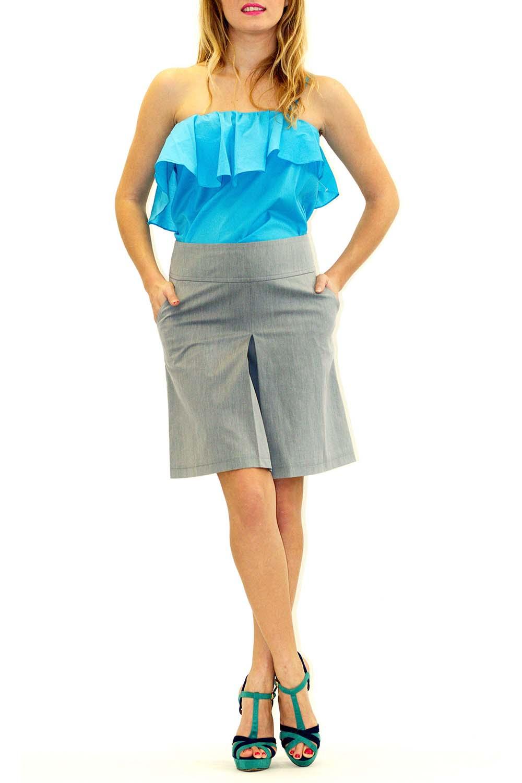 ЮбкаЮбки<br>Оригинальная женская юбка из плотной костюмной ткани. Отличный выбор для любого случая.  Цвет: серый<br><br>По длине: Миди<br>По материалу: Тканевые,Хлопок<br>По образу: Город,Офис,Свидание<br>По рисунку: Однотонные<br>По сезону: Весна,Осень<br>По силуэту: Полуприталенные<br>По элементам: С декором<br>По стилю: Офисный стиль,Повседневный стиль<br>Размер : 42,44<br>Материал: Костюмно-плательная ткань<br>Количество в наличии: 2