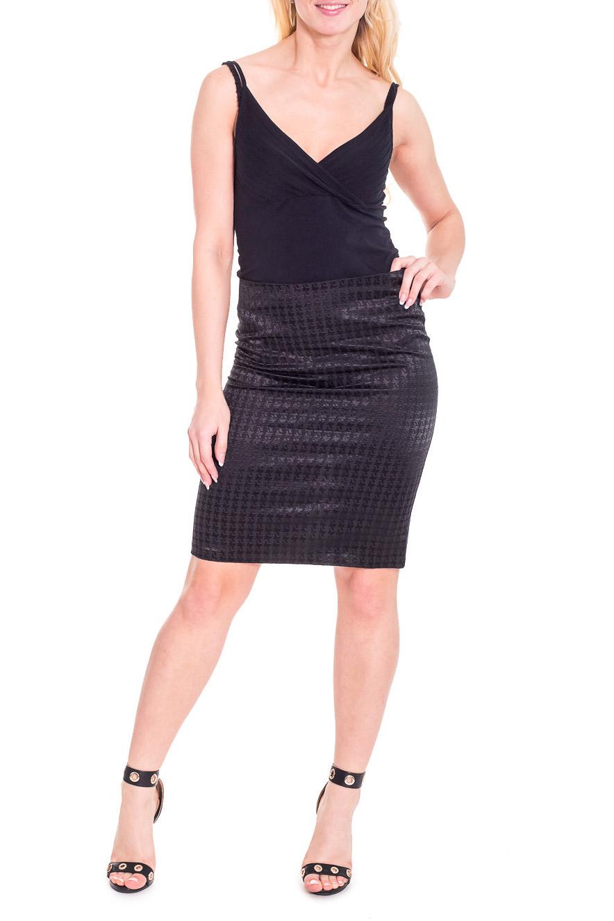 ЮбкаЮбки<br>Повседневная юбка с завышенной талией. Модель выполнена из плотного материала. Отличный выбор для любого случая.  Просим учесть, что изделие маломерит на один размер.  Цвет: черный  Рост девушки-фотомодели 170 см.<br><br>По длине: До колена<br>По материалу: Костюмные ткани,Тканевые<br>По образу: Город,Офис,Свидание<br>По рисунку: Однотонные<br>По сезону: Весна,Осень<br>По силуэту: Полуприталенные<br>По стилю: Классический стиль,Офисный стиль,Повседневный стиль<br>По элементам: С разрезом<br>Разрез: Короткий<br>Размер : 46,48<br>Материал: Костюмно-плательная ткань<br>Количество в наличии: 2
